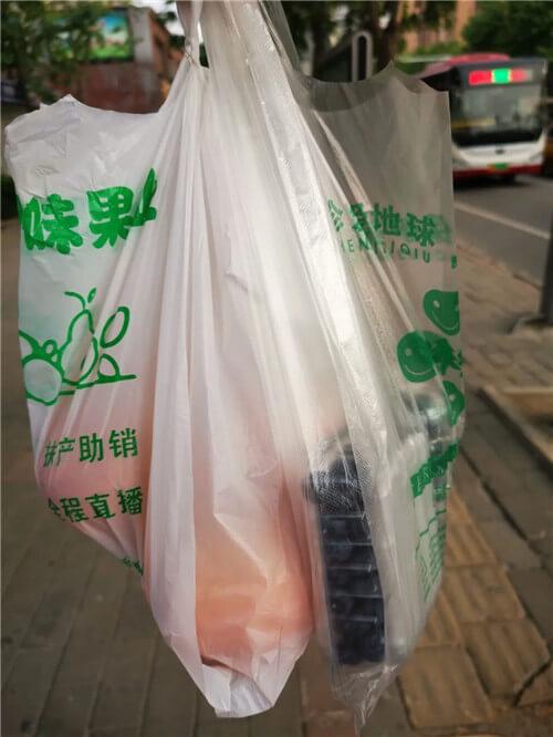 街上水果店越开越多,到底有多暴利?老板说一年净赚50万!